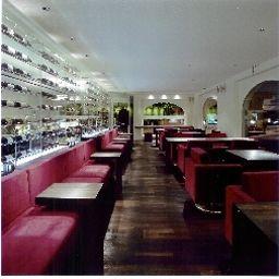 Linde-Fislisbach-Hotel_bar-1-63342.jpg