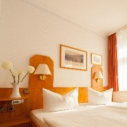 Kastanienhof-Berlin-Double_room_standard-3-63998.jpg