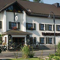 Trakehnerhof_Landhotel-Grosswaltersdorf-Exterior_view-64568.jpg