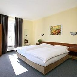 Lido-Geneva-Room-3-64940.jpg