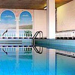 Piscina Waldhaus Landhotel