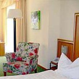 Info Waldhaus Landhotel
