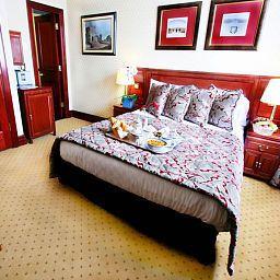 Grange_Fitzrovia-London-Superior_room-66566.jpg
