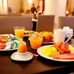 Petit-déjeuner buffet Astoria