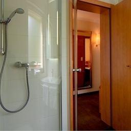 Privat_das_Nichtraucherhotel-Dresden-Apartment-3-69061.jpg