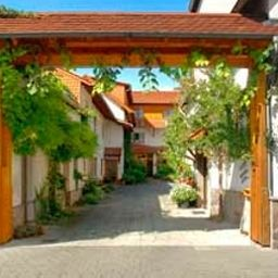 Riedstadt_Garni-Riedstadt-Exterior_view-2-69178.jpg