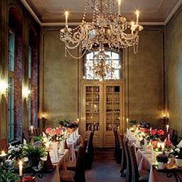 Villa_Sorgenfrei-Radebeul-Restaurant-4-69731.jpg