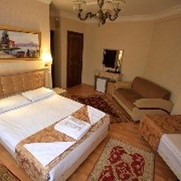 Tashkonak-Istanbul-Room-10-70106.jpg