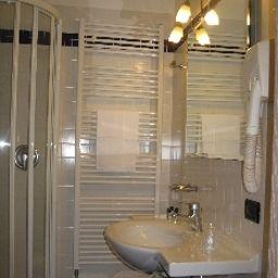 Cuarto de baño Cardano Hotel Malpensa