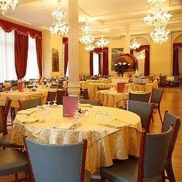 Reine_Victoria-Sankt_Moritz-Restaurant-1-70464.jpg