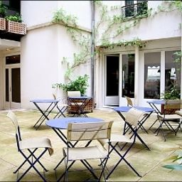 Terrace Villa Pantheon Paris (Île-de-France)
