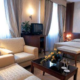 Best_Western_Ascot-Milan-Room-5-70860.jpg