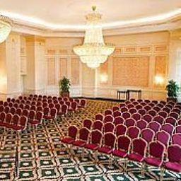 Hall JW Marriott Bucharest Grand Hotel