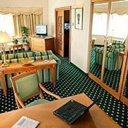 JW_Marriott_Bucharest_Grand_Hotel-Bucharest-Room-39-71056.jpg