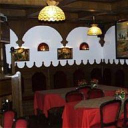 Matus-Budapest-Restaurantbreakfast_room-71594.jpg
