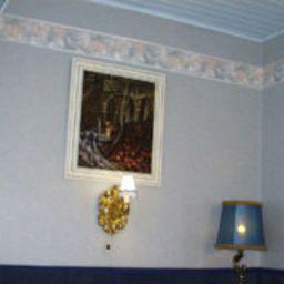 Matus-Budapest-Room-4-71594.jpg
