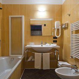 Zurigo-Milan-Bathroom-4-71657.jpg