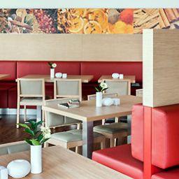 ibis_Berlin_Dreilinden-Kleinmachnow-Restaurantbreakfast_room-11-71782.jpg