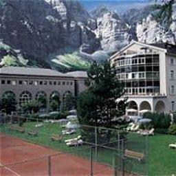 Lindner_Hotels_Alpentherme_Leukerbad-Leukerbad-Exterior_view-4-72467.jpg