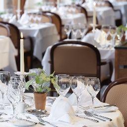 Lindner_Hotels_Alpentherme_Leukerbad-Leukerbad-Restaurantbreakfast_room-72467.jpg