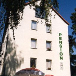 Sperlingshof_Pension_Land-gut-Hotel-Dallgow-Exterior_view-2-72849.jpg
