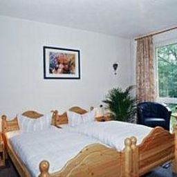 Sperlingshof_Pension_Land-gut-Hotel-Dallgow-Room-4-72849.jpg