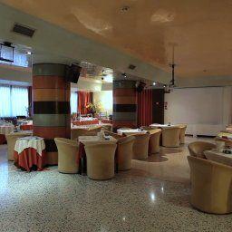 Sala de desayuno Antony