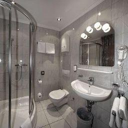 Arkade-Leverkusen-Bathroom-2-74428.jpg