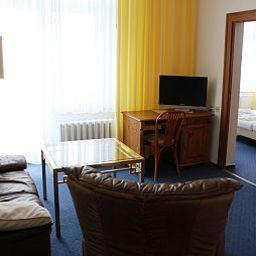 Sanddorn-Rostock-Room-2-74730.jpg
