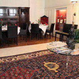 Dittberner_Pension-Berlin-Restaurantbreakfast_room-75004.jpg