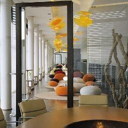 SIDE-Hamburg-Hotel_indoor_area-2-75519.jpg