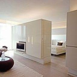 Suite Side