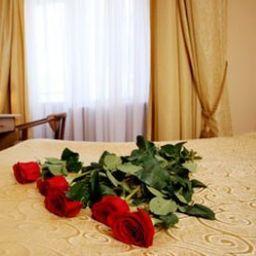 Suite Oktyabrskaya
