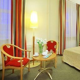 Oktiabrskaya-Sankt-Peterburg-Single_room_superior-2-75644.jpg
