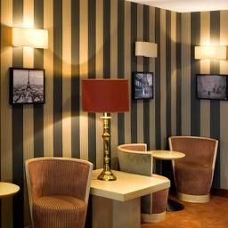 Hol hotelowy Exposition  Eiffel