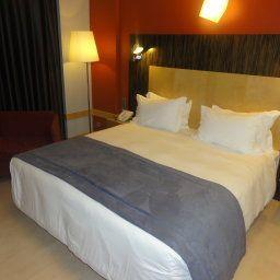 Alif_Avenidas-Lisbon-Room-1-76732.jpg
