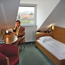 Sun_Parc_Hotel-Ringsheim-Room-2-77768.jpg