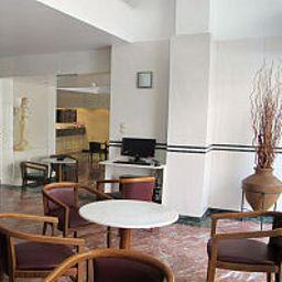 Réception Evripides Hotel