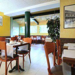 Restaurant/salle de petit-déjeuner Berlioz