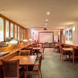 Cortina-Vienna-Seminar_room-78348.jpg