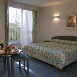Alton_INTER-HOTEL-Bordeaux-Room-78519.jpg
