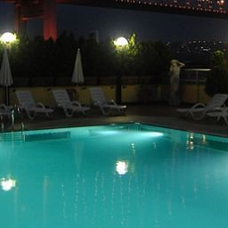Princess_Ortakoy-Istanbul-Pool-1-78944.jpg