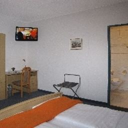 Post-Sargans-Room-3-79490.jpg