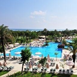 Schwimmbad Gloria Golf Resort
