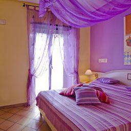 Executive_Sea_Hotels-Naples-Room-8-79928.jpg