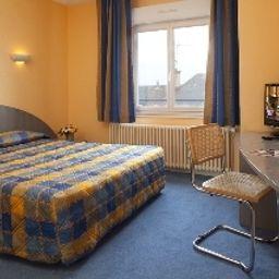Saint_Martial_INTER-HOTEL-Limoges-Room-1-79980.jpg