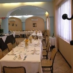 Restaurant Sam Hotel