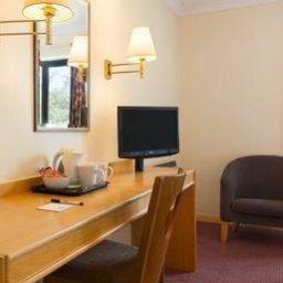 Room Days Inn Taunton