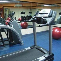 Wellness/Fitness HOWARD JOHNSON LAS TORRES PLZ