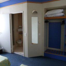 Aries-Vicenza-Room-82197.jpg